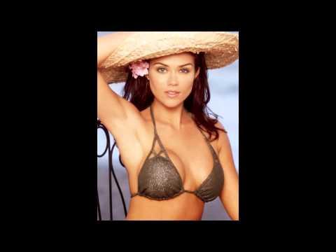 Susan Ward Hot Pics In Bikini