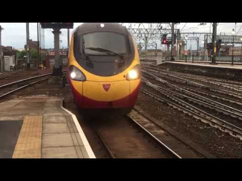 Pendolino at Glasgow Central