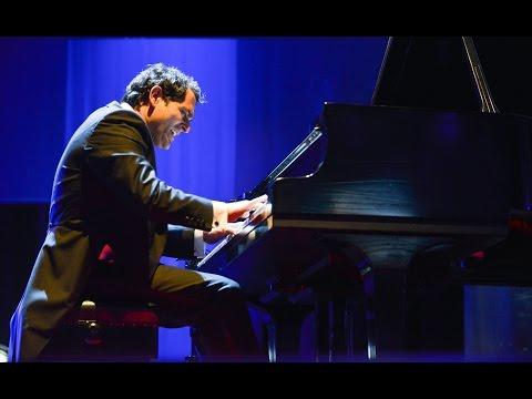 Malek Jandali performing 'Echoes from Ugarit' at the Opening Plenary | #skollwf 2016 (видео)