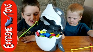 Crazy Shaky Shark! Playing the Animal Planet Shaky Shark Game