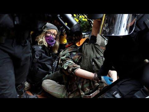 Antifa κατά ακροδεξιών στο Πόρτλαντ – Ένταση και συλλήψεις…
