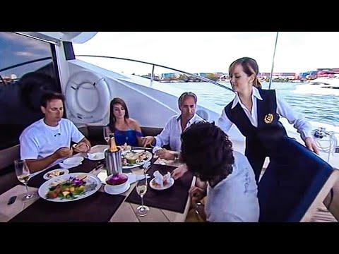 Ils sont au service des riches - Documentaire (видео)