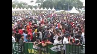 Video Andego - Bila (Live in Lapang Merdeka Sukabumi) MP3, 3GP, MP4, WEBM, AVI, FLV Juni 2018