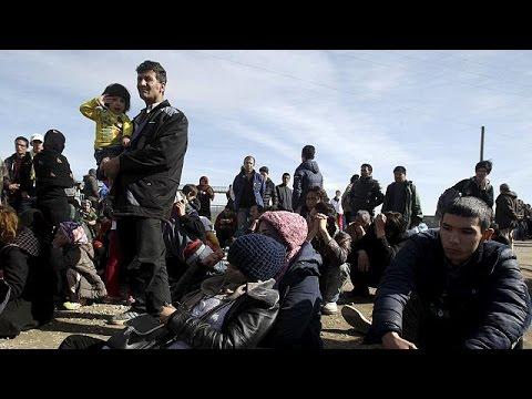 «Πόρτα» στους Αφγανούς πρόσφυγες από την ΠΓΔΜ