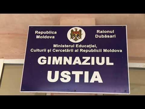 Igor Dodon a vizitat gimnaziul din satul Ustia și doi agenți economici
