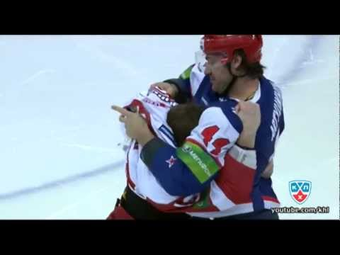 Бой КХЛ: Артюхин VS Ларин / KHL Fight: Artyukhin VS Larin (видео)