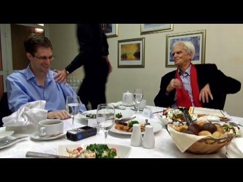MdB Ströbele trifft Edward Snowden