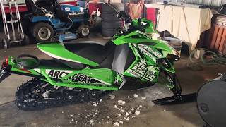 10. Arctic Cat ZR 6000 RR w/ Ultra-Q