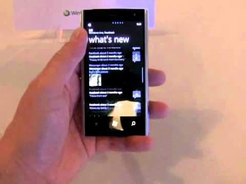 phonescoop - Here is a video tour of the Del Venue Pro WIndows Phone 7 device for T-Mobile.