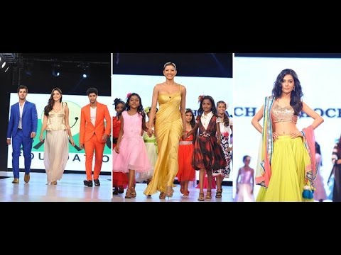 Sushmita, Amrita Rao & Others On Ramp At Charity Fashion Show By Smile Foundation