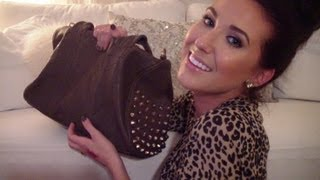 Whats in my bag?   Jaclyn Hill