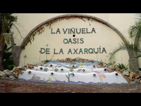 La Viñuela Oasis de la Axarquía (English)