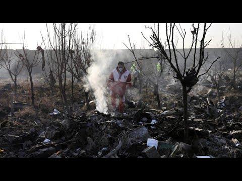 Flugzeugabsturz in Iran: Drei Deutsche unter 176 Tode ...