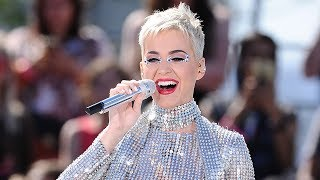 "Video Katy Perry Changes Her ""Swish Swish"" Lyric About Taylor Swift & Rips Pants During Livestream Concert MP3, 3GP, MP4, WEBM, AVI, FLV Januari 2018"