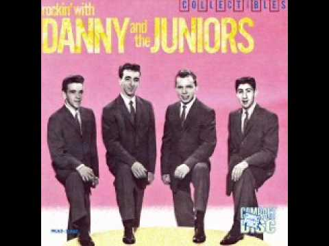 Tekst piosenki Danny & The Juniors - At The Hop po polsku