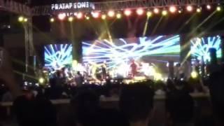 18 hours ago ... Neha Kakkar Live In Concert In Jaipur SMS Investment Ground 2017 - Duration: n5:23. Aman Tejaka 30 views. New · 5:23 · Neha Kakkar Live...