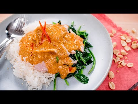 """Swimming Rama"" Thai Peanut Sauce w/ Spinach & Pork  พระรามลงสรง 