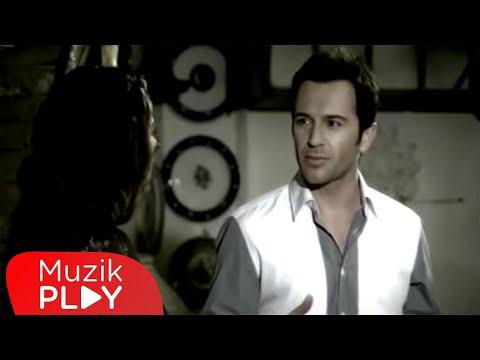 Video Uğur Arslan - Bir Ayrılığın İlk Günü (Sanırım) (Official Video) download in MP3, 3GP, MP4, WEBM, AVI, FLV January 2017