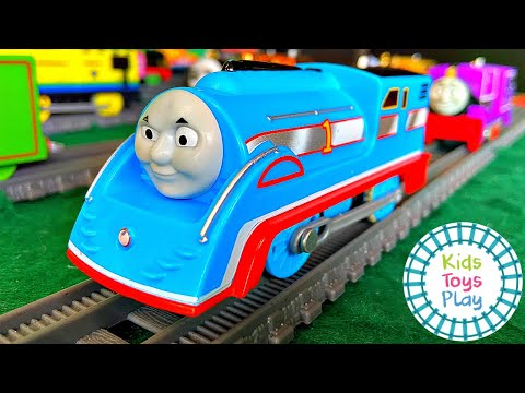 HUGE Thomas the Tank Engine Trackmaster and TOMY Collection