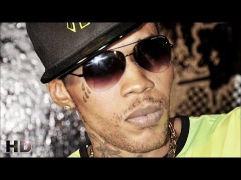 Raw - Vybz Kartel - Box Lunch - Wul Dem Again Riddim © 2014 Produced by Yellow Moon Records Pin: 73FEBAE2 | Akam Entertainment Social Media: Instagram: http://instagram.com/akam_ent Twitter:...
