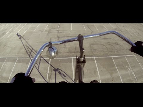 "Man builds world's tallest rideable bike named the ""Stoopidtall"" (video)"