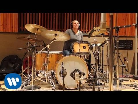 Michael Bublé - Nobody But Me Studio Piece [EXTRAS]