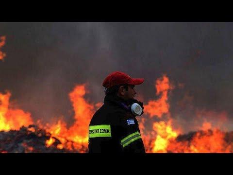 Zάκυνθος: Μάχη με τις φλόγες στις Μαριές