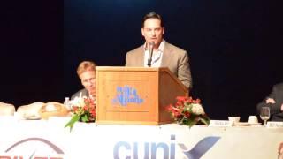 Corporate Sponsor Shawn Cunix and OSU Football Coach Urban Meyer speak at the 2015 Urban Meyer Banqu