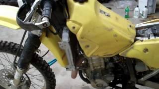 10. Suzuki DRZ 400 - Carburetor Problem - Won't Start -- Possible Fix