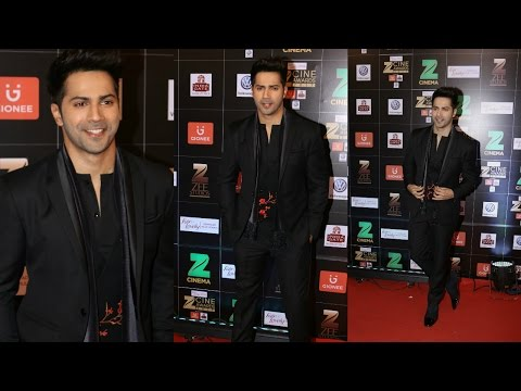 Varun Dhawan At The Zee Cine Awards 2017