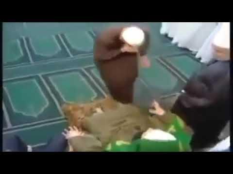 Осторожно секта! Суфийские танцы в мечети.