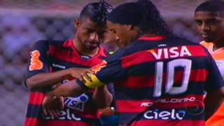 .:: 1º jogo de Ronaldinho::. Flamengo 1x0 Nova Iguaçu - Taç...