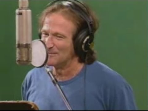 Lost Footage: Robin Williams Covers