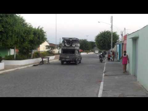 Carro de Som em Moreilandia e menino falando - Cinema Volante
