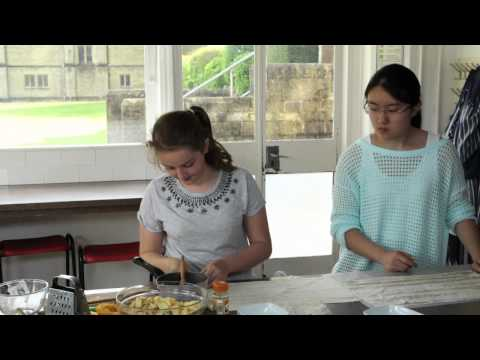 German – Apfelstrudel Kochen
