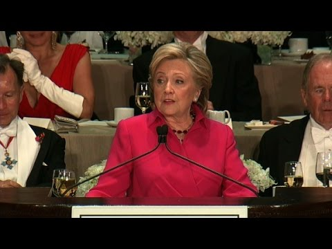 Video Hillary Clinton's entire speech at the Al Smith dinner download in MP3, 3GP, MP4, WEBM, AVI, FLV January 2017