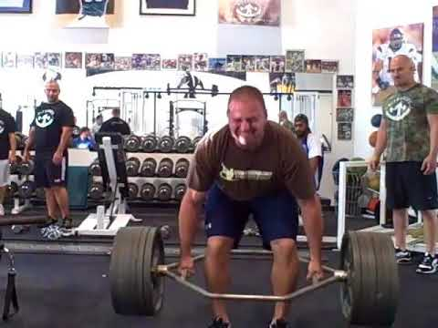 defranco's - Zach is challenged to break the washed up meat head record in the trap bar deadlift, under 220 lb class, at Joe DeFranco's. Let's see what happens! http://Un...