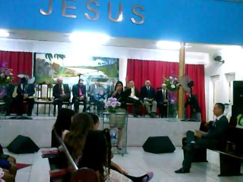 Cantora Monique Oliveira na Ass  de Deus em  Jacaraú PB
