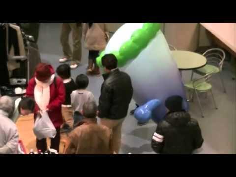 ゆるキャラ「オモテナシ3兄弟」が秋田市のセリオンに初出場