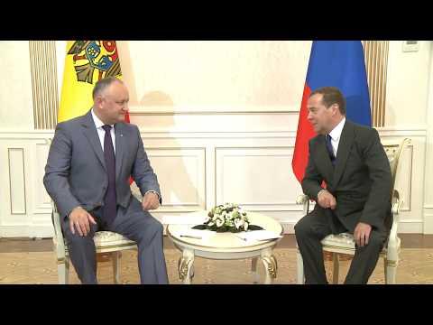 Игорь Додон провел встречу с Дмитрием Медведевым и Дмитрием Козаком