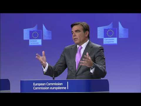 Μαργαρίτης Σχοινάς: Χαιρετίζουμε τη δυναμική παρέμβαση του Μακρόν από την Πνύκα