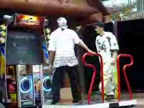 Video Pump at the Park Freestyle: Funky Tonight FS [Zero & Skye] download in MP3, 3GP, MP4, WEBM, AVI, FLV January 2017