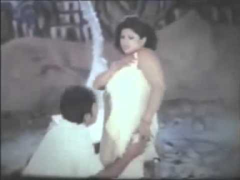 Download Moyuri Bangladesi Hot Sexy Actress Hot Garam Masala Scene_22 HD Mp4 3GP Video and MP3