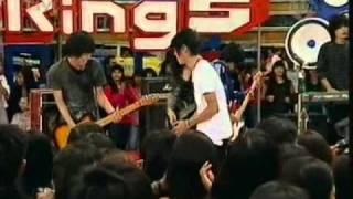 Video Kangen Band ft Liya The Sign - TERBANG @ derings 21 - 02 - 2011.mp4 MP3, 3GP, MP4, WEBM, AVI, FLV Mei 2019