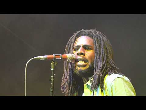 Chronixx and Zinc Fence Redemption 'Blaze Up The Fyah' SNWMF June 16 2017