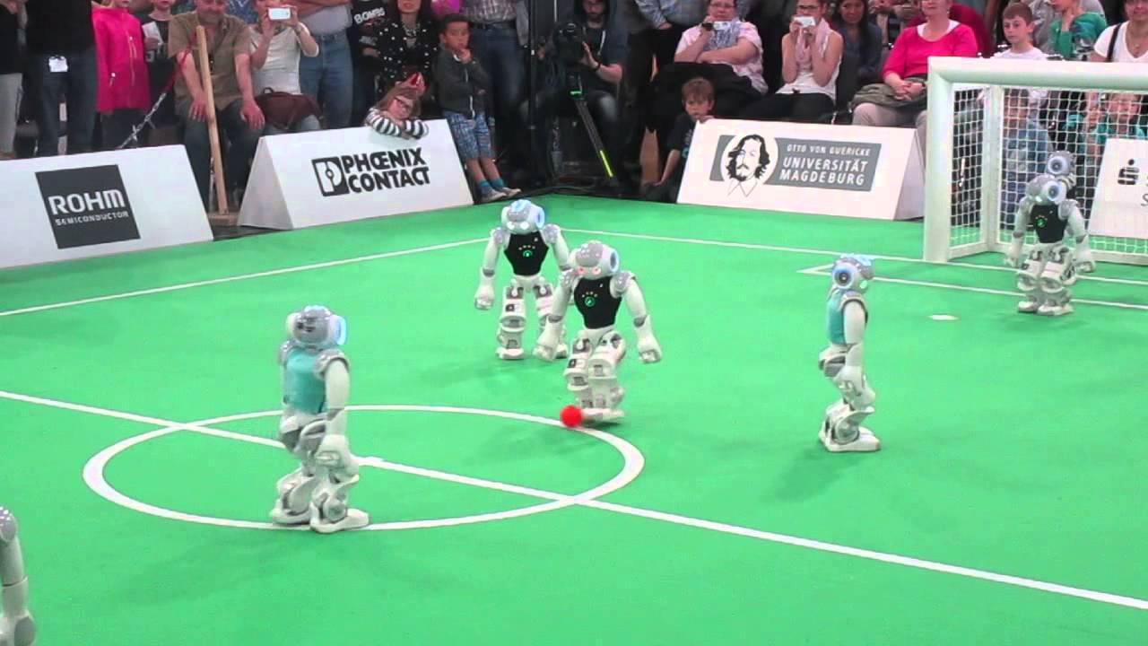 #видео | К 2050 году роботы смогут обыграть людей в футбол