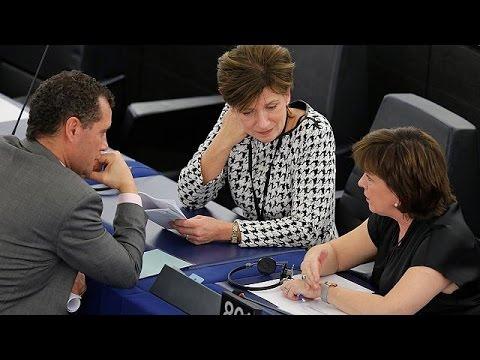 Στην Ευρωβουλή ο Βρετανός υπουργός Brexit για διερευνητικές συνομιλίες
