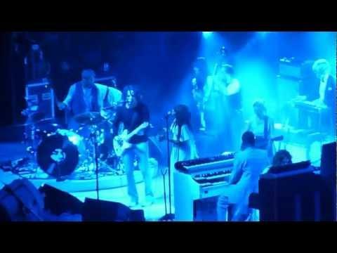 Jack White - 'Portland, Oregon' (Loretta Lynn collab.) live in Portland 2012