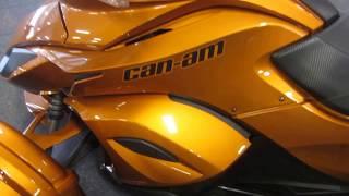9. 2014 Can-Am Spyder ST-S SE5 UM307