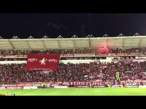 Hinchada de América en Tunja - 2017 - Disturbio Rojo Bogotá - América de Cáli